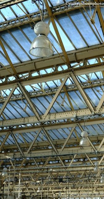 Roof paraphernalia