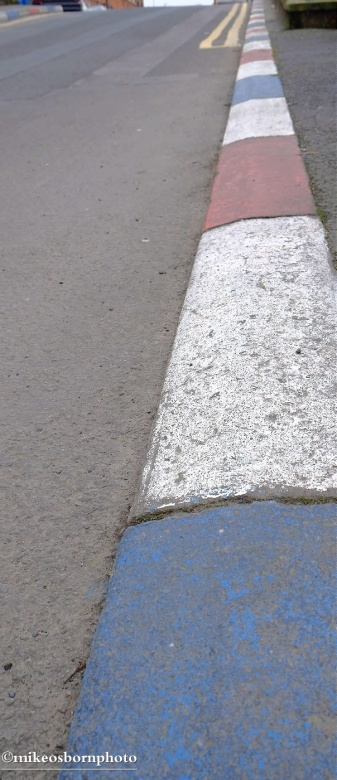 Pavement colours