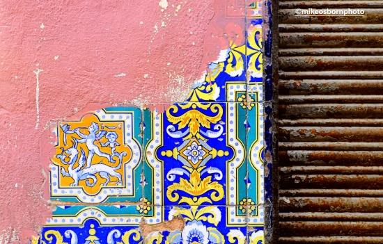 Elegant crumbling Havana street corner, Cuba