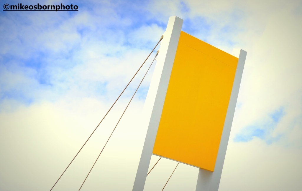 Yellow part of bridge at mouth of River Hull